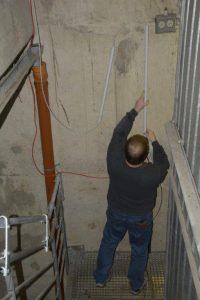Installationsarbeiten für die Spannungsversorgung