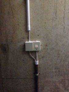 Stromanschluss im Treppenhaus